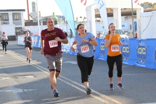 Carrie_Blog_Family Race Running