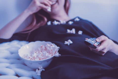 Eating popcorn TV_Unsplash-606648-jeshoots-com