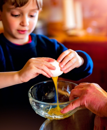 Baking with Kids_PIxabay 1951256_1920