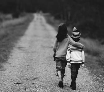 children_pixabay-1149671_1920-annie-spratt-e1540178123304.jpg
